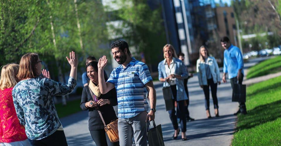 kansainväliset opettajat Visamäessä