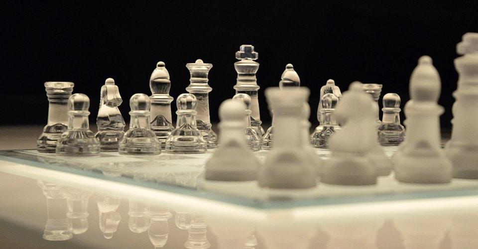 Esimiehen rooli ja kehittyminen muutosprosessin johtamisessa